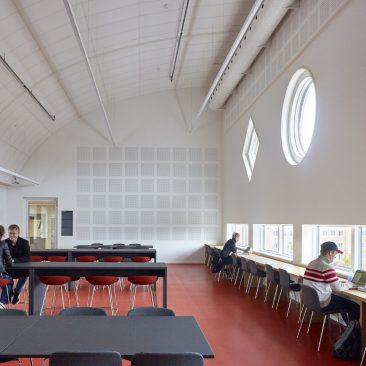cbs-graduate-house-9